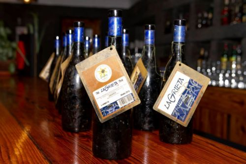 Etude de vieillissement d'un vin sous l'eau aux Canaries